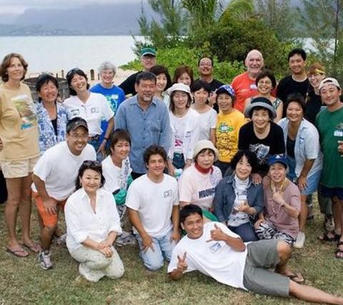 ハワイ陶芸クラブの皆さんと/2005